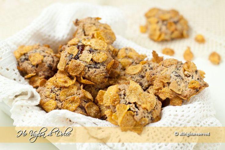 Rose del deserto al cocco e cioccolato, ricetta biscotti, dolcetti, veloce e buonissima. Ideale per bambini, da regalare, merenda e colazione.