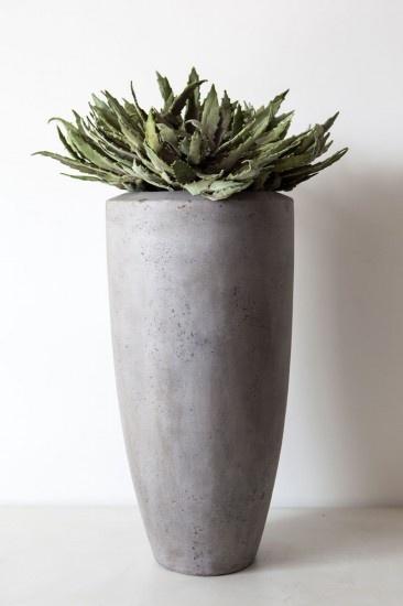 17 beste idee u00ebn over Grote Bloempotten op Pinterest   Bloem planters, Grote buitenbloembakken en