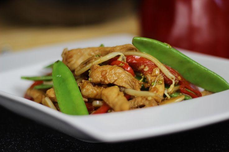 Przepis Video na Wieprzowinę Teriyaki z Groszkiem i Kiełkami - Zobacz jak krok po kroku przygotować to chińskie danie