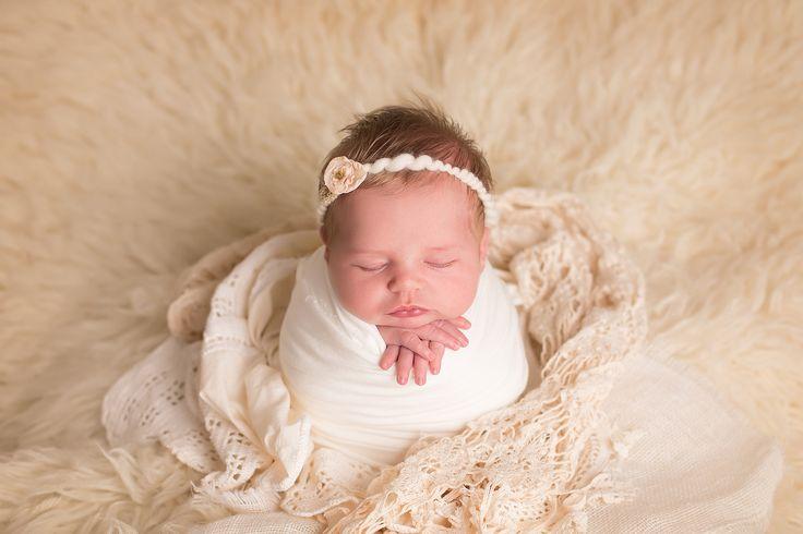 Newborns amanda stewart photography hampton roads va newborn photography newborn poses potato sac