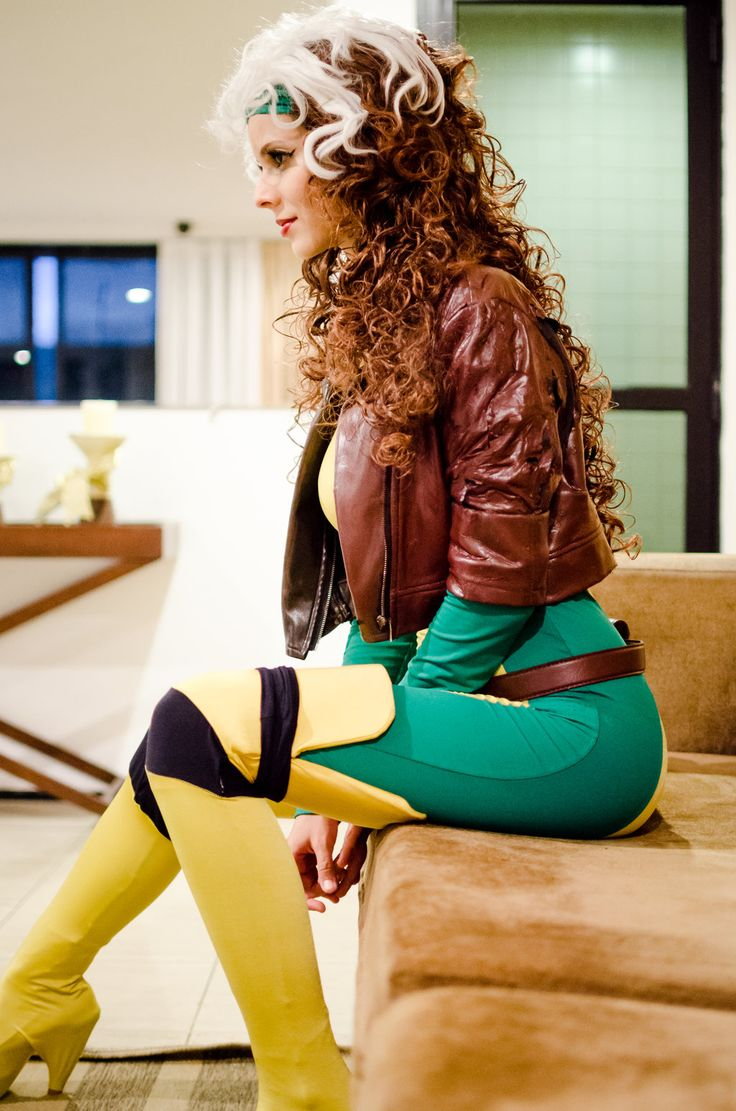 Rogue cosplay - Jim Lee uniform by Mel-Rayzel.deviantart.com on @DeviantArt