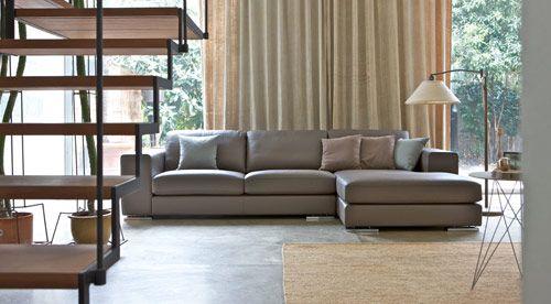 Divani in pelle con penisola linea moderna - divano in pelle Central in vendita da Tino Mariani. http://www.tinomariani.it/prodotti/central.html