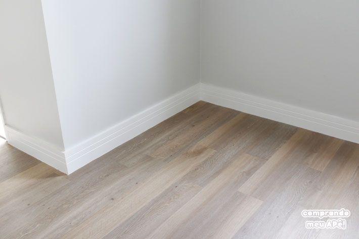 Resolvi comentar somente agora sobre a minha experiência com o piso vinílico pois queria ter um bom tempo de uso pra ter uma opinião concreta sobre ele...