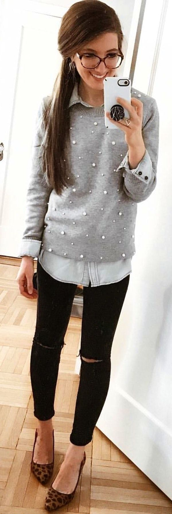 #winter #outfits  gray long-sleeved collared shirt. Pic by @_lizloves.