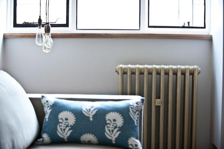 Радиаторы отопления: какие лучше для квартиры (47 фото) – сравниваем варианты http://happymodern.ru/radiatory-otopleniya-kakie-luchshe-dlya-kvartiry-47-foto-sravnivaem-varianty/ Современные чугунные батареи тоже могут быть эстетически привлекательными Смотри больше http://happymodern.ru/radiatory-otopleniya-kakie-luchshe-dlya-kvartiry-47-foto-sravnivaem-varianty/