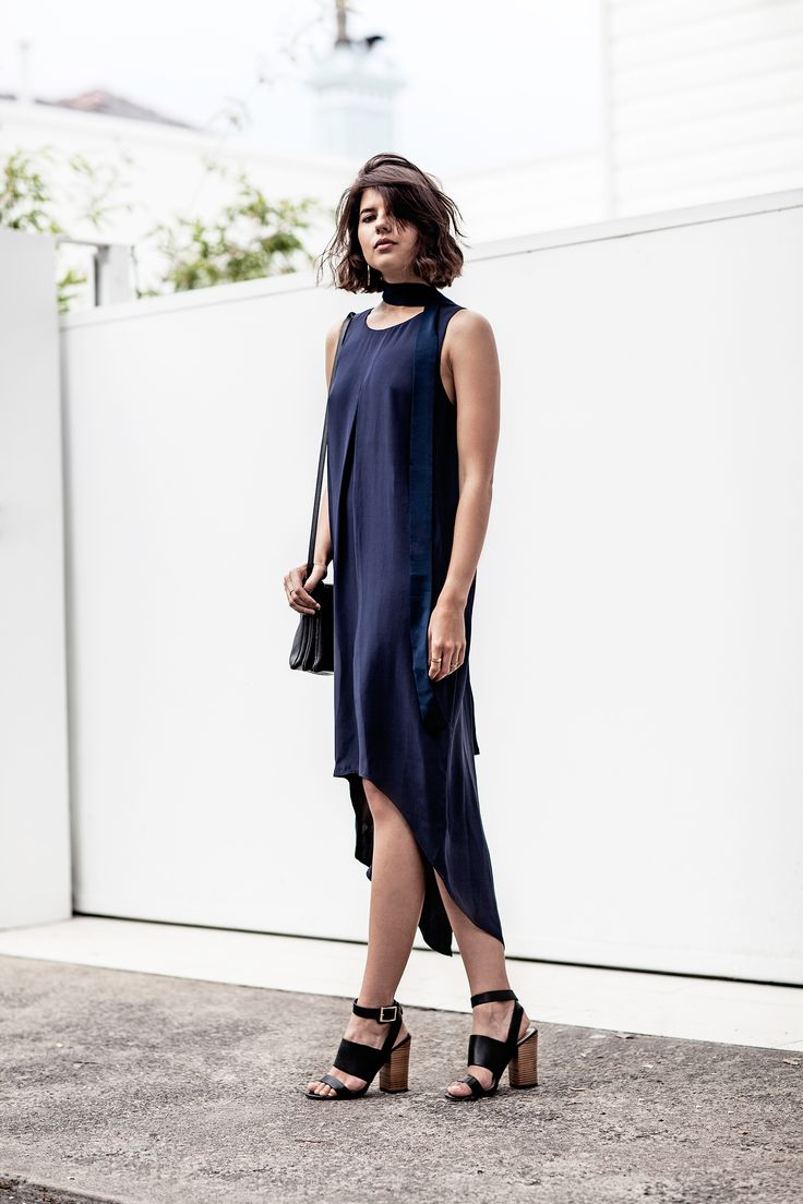 Badlands blogger Talisa Sutton knows a thing or two about sartorial minimalist, especially when it comes to event wear. A wardrobe in 90% black and white, Talisa's style perfectly aligns with SABA during spring racing season.  Shop Talisa's trackside style > http://goo.gl/GZi4ez