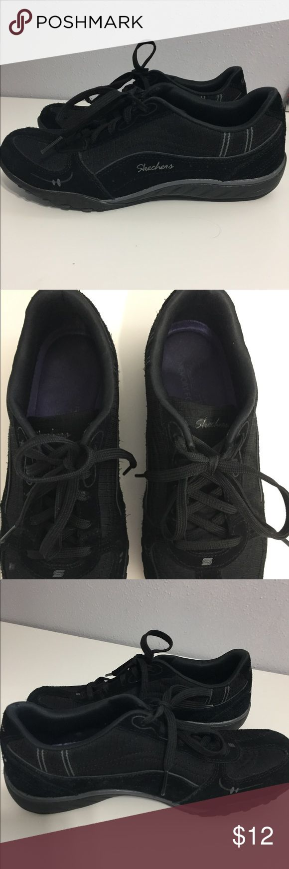 Skechers Memory Foam shoes Shoes are in a good used condition. They are black and come in us size 7. Skechers Shoes Athletic Shoes
