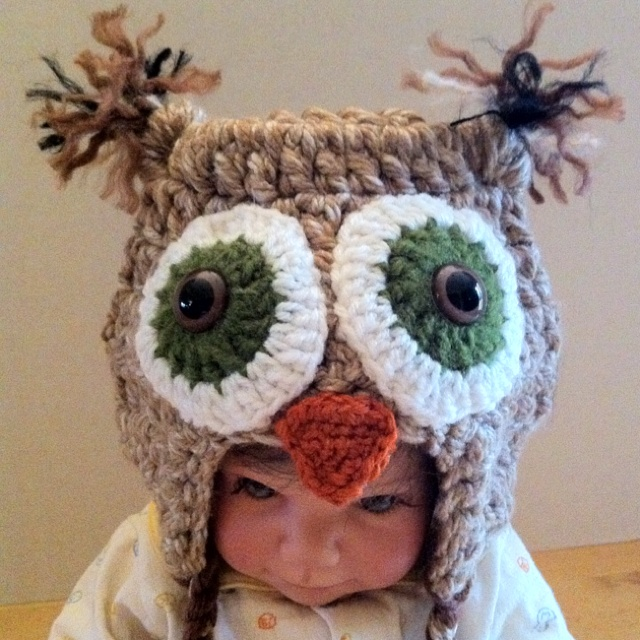 Baby Owl Hat.  I'm making him a nest from willow wreaths...:)  @Amy Lyons Campbell