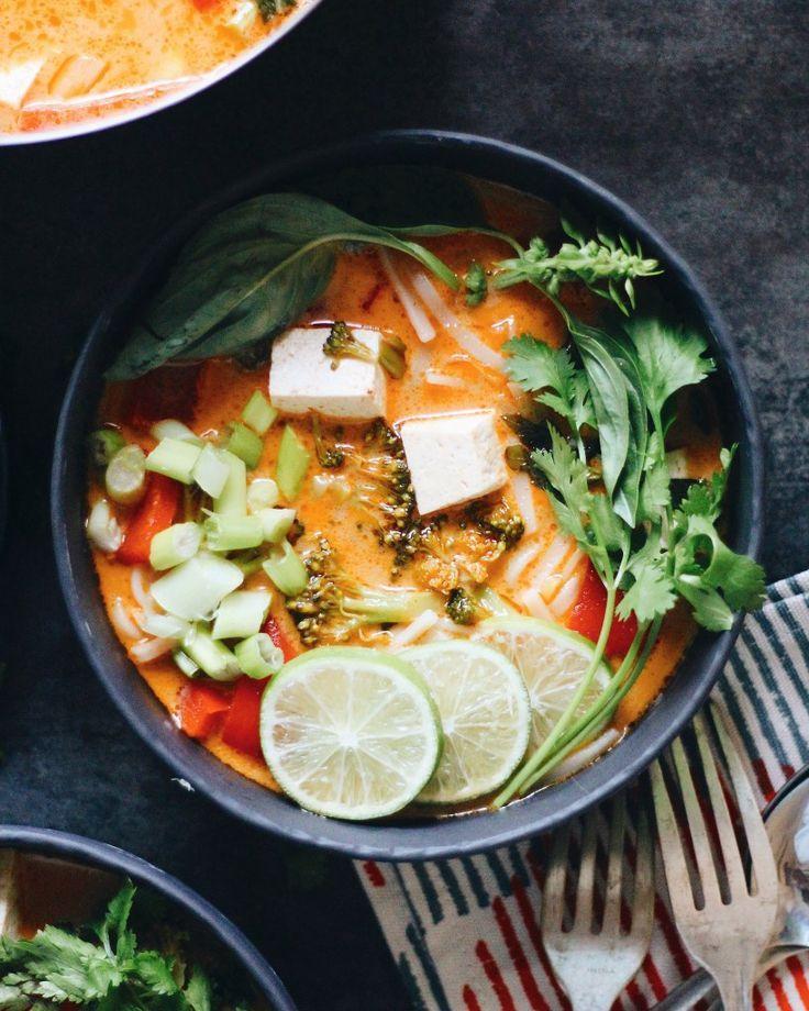 Thai Tofu Coconut Noodle Soup(Khao Soi)