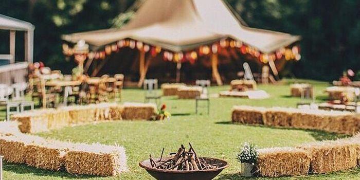 Festival thema - Styling voor een onvergetelijke bruiloft | White Weddings
