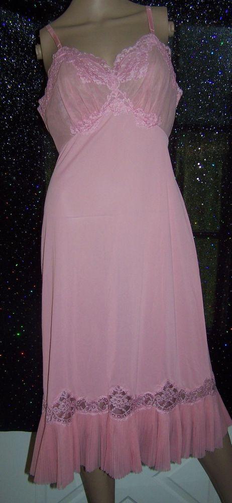 Vintage Vanity Fair Pink Accordian Pleated Full Slip  Vintage Lingerie  Vintage vanity