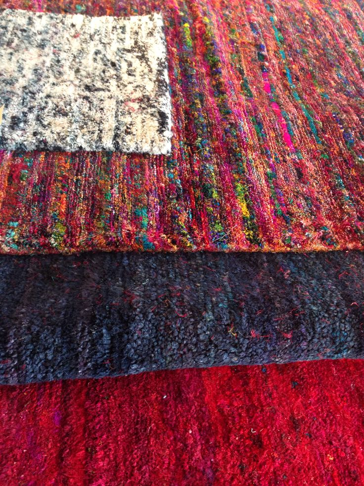 """Pure silk. 3 kg pr sqr meter :-)  Recycled from old silk Saris.. The traditional and national Indian silk costume for women. Hand knotted rugs in optional size from  """"to BE living""""  :-)"""