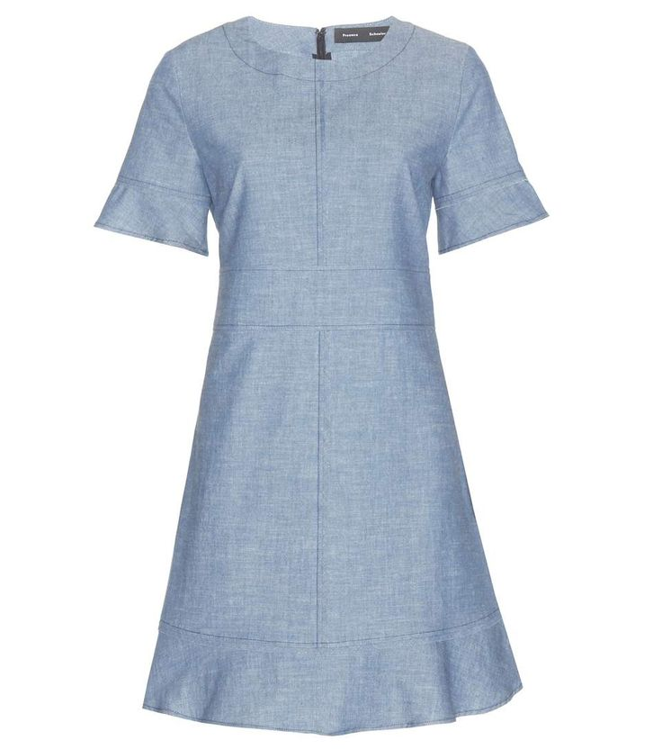 Blaues Chambray-Kleid