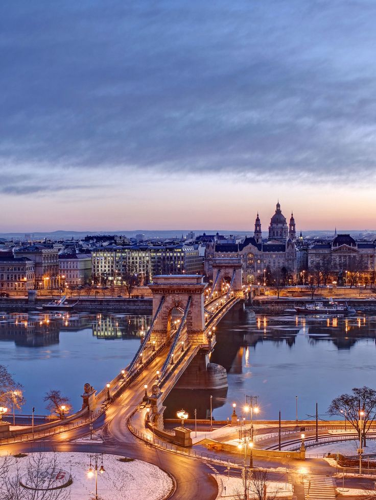 https://flic.kr/p/QFHudo | Adam Clark square and Chain bridge-Budapest