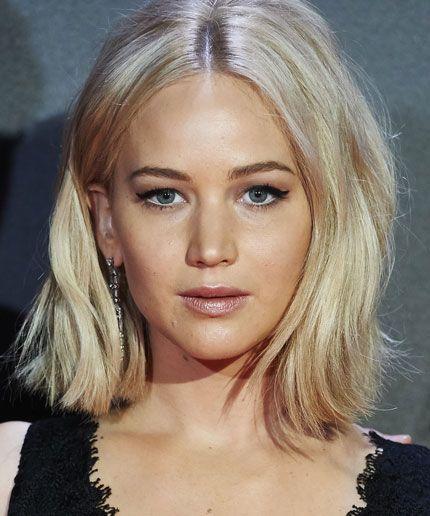 This is how Jennifer Lawrence got through her sex scene with Chris Pratt