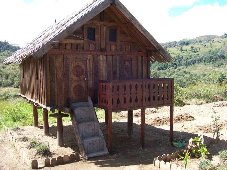17 best images about madagascar on pinterest madagascar for Maison traditionnelle malgache