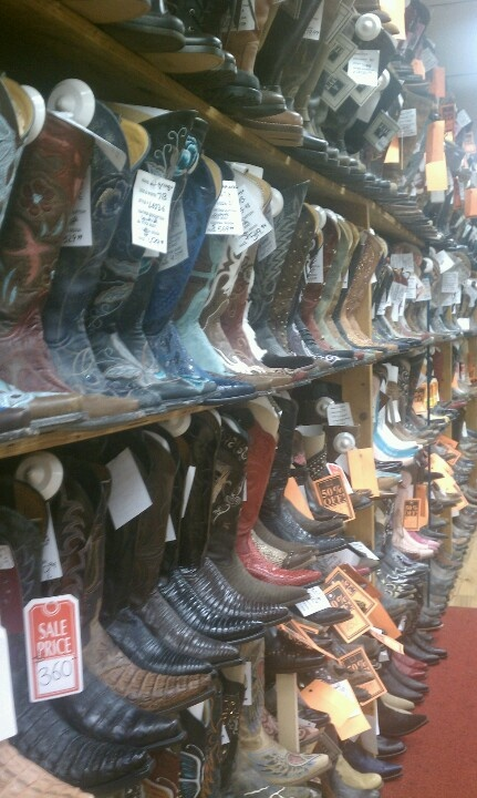 Alcala's western wear Chicago...over 1000 boots! | cowboy boots ...