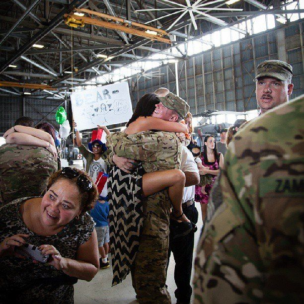 17 Best Ideas About Military Homecoming Pictures On