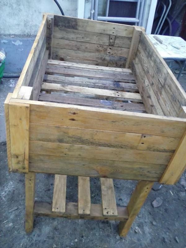 Table Potagère En Palette / Pallet Vegetable Table Planters & Compost