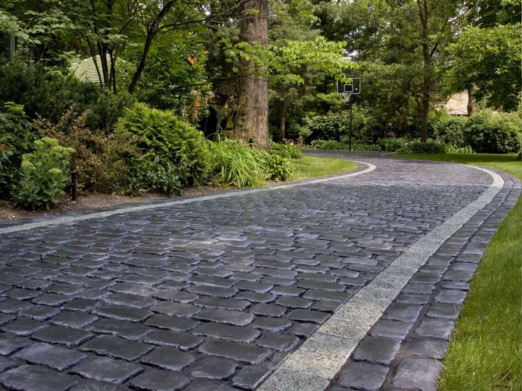 Cobblestone Stones For Driveways : Best driveway landscaping and curb appeal ideas images