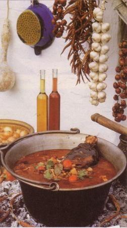 Hungarian Gulyas (Goulash) Soup