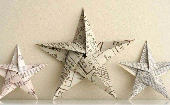 homemade-christmas-ornaments-made-of-news-paper