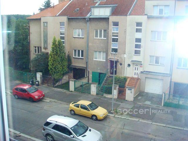 Prodej vily 210m², Nad zámečkem, Praha 5 - Košíře • Sreality.cz