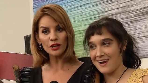 Esra Erol programına katılan Zeliha'nın kamera arkası görüntüleri hepinizi çok güldürecek!