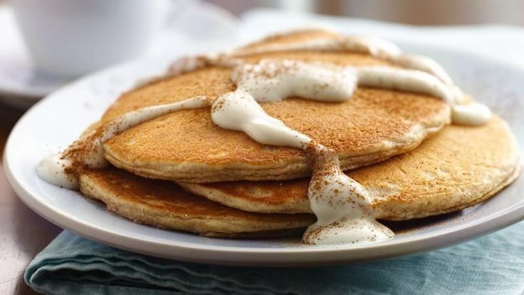 Snickerdoodle Pancakes with Warm Vanilla Sauce!