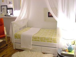 Make a Canopy Bed