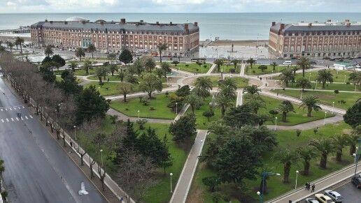 Plaza Colon, en Mar Del Plata, Costa Atlantica, Argentina