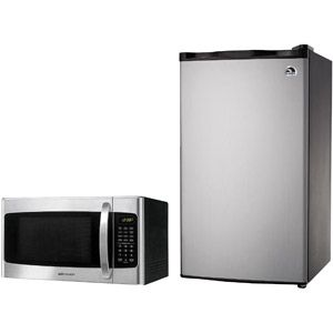 Igloo 3.2-cu. ft. Refrigerator and Emerson Microwave Oven Value Bundle-Walmart $170
