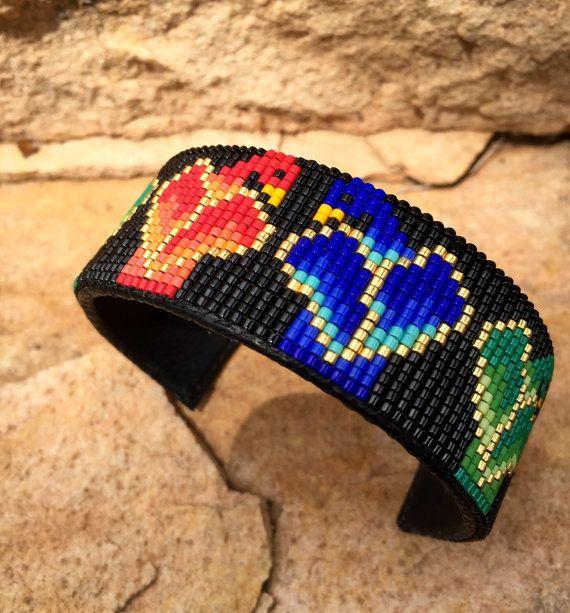 Loros multicolores cuentas Loro del manguito Bracelet.Red