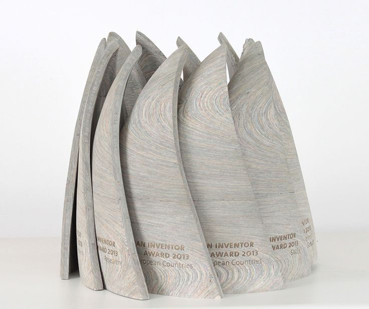 RECYCLING: NEWSPAPER WOOD