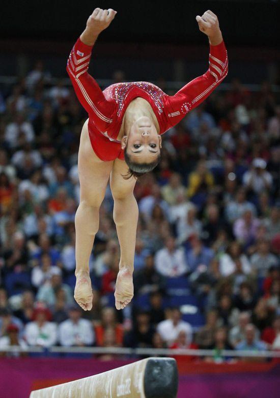 Após 16 anos de jejum, americanas vencem final por equipe na ginástica artística. http://folha.com/no1129119