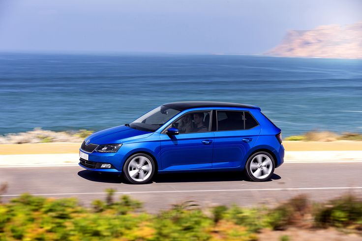 The car's new rigid body improves the ride, as does the new chassis. The wheelbase is 5 mm longer than in the previous Fabia #newfabia #fabia #skoda