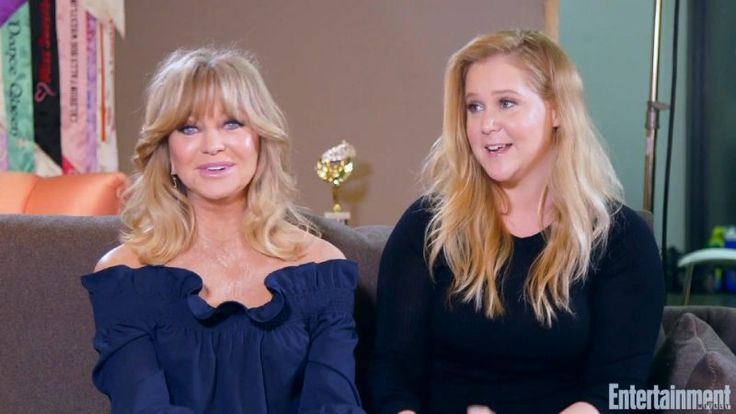 """How Amy Schumer Convinced Goldie Hawn to Do """"Snatched"""""""