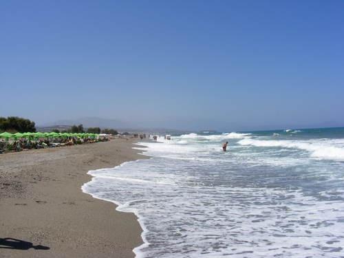 Adelianos Kampos beach