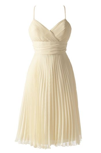 Pretty pale yellow bridesmaid dress!!