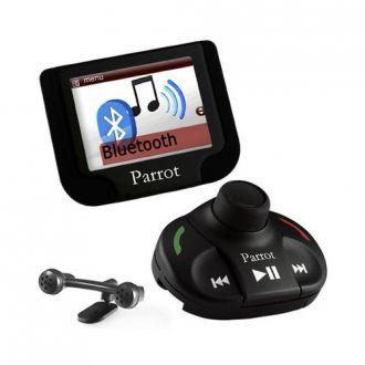 """MKi9200PL2 firmy Parrot to samochodowy zestaw głośnomówiący wykorzystujący technologię bluetooth wyposażony w 2,4"""" kolorowy ekran TFT. Bezprzewodowy pilot zdalnego sterowania, umieszczony na kierownicy lub desce rozdzielczej, pozwala korzystać ze wszystkich możliwości MKi9200PL2"""