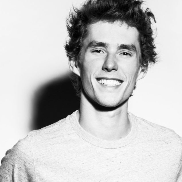 Lost Frequencies feat. Jake Reese - Sky Is The Limit http://www.demagaga.com/2016/10/25/lost-frequencies-feat-jake-reese-sky-is-the-limit/