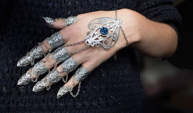 💫 Unleash your inner warrior hand pieces claw rings - by Arma Medusa ❤️