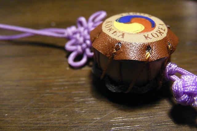 Little Korean Gift by ollielowe, via Flickr
