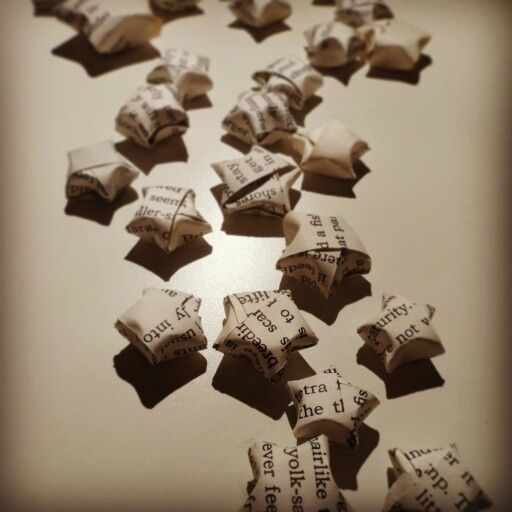 Cute origami stars destined to be on a star garland!