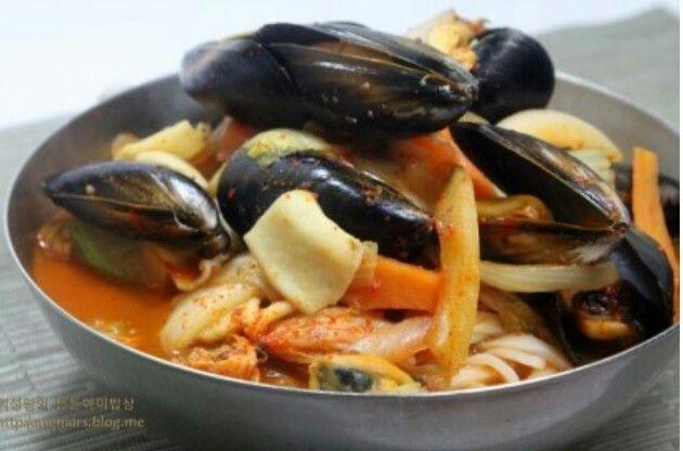홍합짬뽕 #삼시세끼 요리 #홍합짬뽕 #삼시세끼홍합짬뽕  #짬뽕황금레시피 http://me2.do/F0Xn3RGB 출처 : 휘성맘의 ..   네이버 블로그