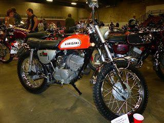 OldMotoDude: Immaculate 1970 Kawasaki 250 Sidewinder Judges Awa...