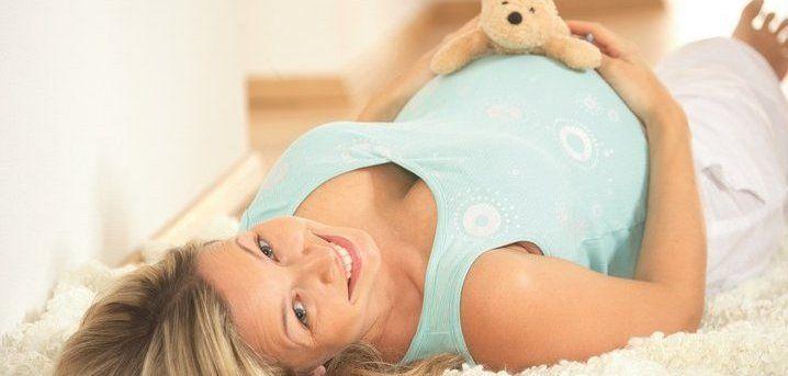 "http://www.lindenhof.it/babymoon-mama2be.de.htm Babymoon-Mama2be ""Entspannende Entlastung"" - Rückenmassage im Sitzen"