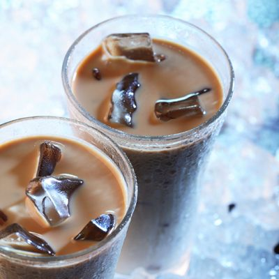 With the variety of Café Collections Coffee-mate flavors available, it's easy to mix up an iced coffee that can quickly become your favorite.
