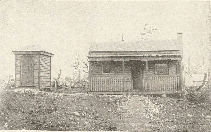 Mount Balfour police station and cell 1912