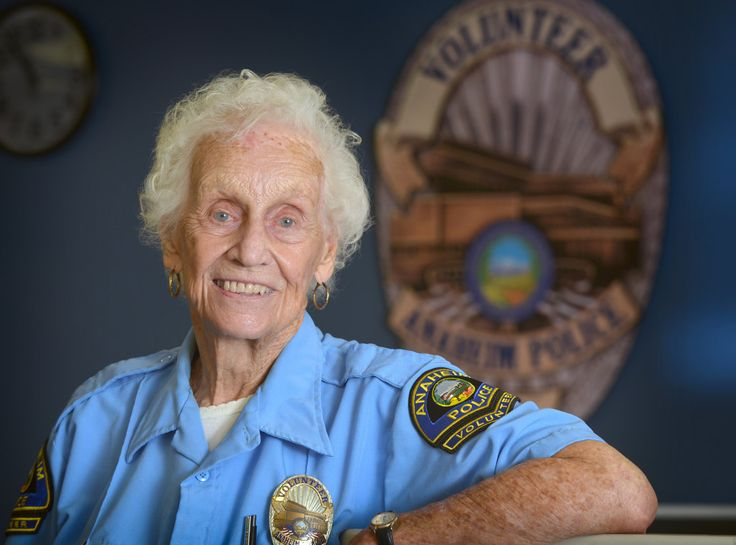 Even after nearly 30 years, Anaheim Police volunteer continues to serve